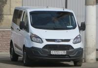 Микроавтобус Ford #Т 173 ТТ 45. Курган, улица Куйбышева