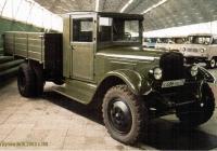 Бортовой грузовой автомобиль УльЗиС-5М #Е 686 УН 73. Ульяновск, музей Ульяновского автомобильного завода