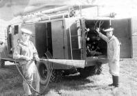 Аэродромный пожарный автомобиль ПМЗ-15 на шасси ЗИС-151 .