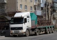 Седельный тягач Volvo. Калуга, Октябрьская улица