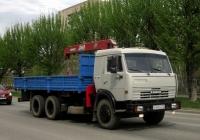 Бортовой грузовой автомобиль КамАЗ-53215 с манипулятором UNIC-340 #О 407 КО 72. Тюмень, улица 50 лет Октября
