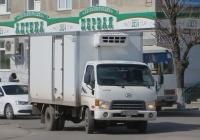 Фургон Hyundai HD72 #Е 321 КМ 45.  Курган, улица Куйбышева
