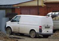 Цельнометаллический фургон Volkswagen Transporter* #Р 984 ОК 96. Свердловская область, Карпинск, улица Луначарского