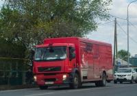 Фургон на шасси Volvo FE #М 166 ОР 72 . Тюмень, улица Тимуровцев