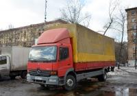 Бортовой грузовой автомобиль Mercedes-Bens Atego 1523 #Р 602 УО 199. Москва, Рижский проезд