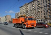 Самосвал с КМУ 5328MK на шасси КамАЗ-43253 #М 528 УА 777. Москва, проспект Мира