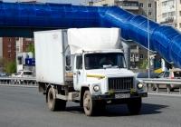 Фургон на шасси ГАЗ-3309 #Е 266 УР 72 . Тюмень, улица Федюнинского