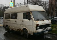 Микроавтобус Volkswagen LT28 #Р 944 АВ 77. Москва, Песчаная улица