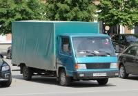 Фургон на шасси Mercedes-Benz #АА 9940-6. Курган, улица Гоголя