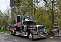 Седельный тягач Freightliner FLD 132 Classic XL #В 023 КЕ 177. Москва, Новоалексеевская улица