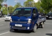 Бортовой грузовой автомобиль KIA Bongo III #У 784 КУ 96 . Тюмень, улица 50 лет Октября