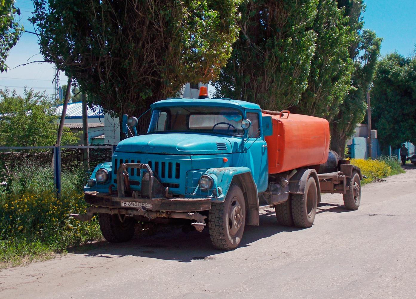 Поливомоечная машина на шасси ЗиЛ-431412 #В 343 ОР 34. Волгоградская область, Фролово, Народная улица