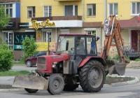 Экскаватор-бульдозер ЧЗКМ на базе трактора ЮМЗ-6АКМ-40. Шадринск, улица Карла Либкнехта