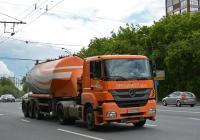 Седельный тягач Mercedes-Benz #С 049 НК 197. Москва, Хорошевское шоссе