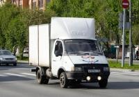"""Фургон на шасси ГАЗ-3302 """"Газель"""" #М 929 КТ 45 . Тюмень, улица 50 лет Октября"""