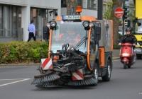 Машина уборочная Nilfisk City Ranger 3500. Германия, Северный-Рейн-Вестфалия, Дюссельдорф