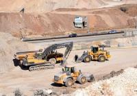 Строительная техника Volvo на строительстве авторазвязки. Израиль, Северный округ, шоссе №70