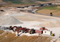 Строительная техника на строительстве авторазвязки. Израиль, Северный округ, шоссе №70