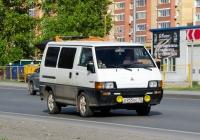 Микроавтобус Mitsubishi L300 #О 955 ЕС 72 . Тюмень, улица Щербакова