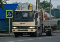 Грузовой бортовой автомобиль с КМУ Hino Ranger #О 538 ХВ 72 . Тюмень, улица Тимуровцев