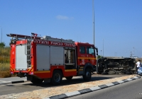 Пожарный автомобиль MAN TGM 13.250 на месте аварии. Израиль, перекресток Ягур