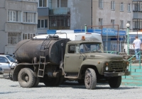 Автогудронатор ДС-39Б на шасси ЗиЛ-431412 #Т 798 АС 45.  Курган, улица Куйбышева