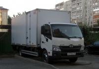 Фургон на шасси Hino 300 #Р 270 КЕ 72 . Тюмень, улица Малыгина