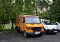 Тентованный бортовой грузовой автомобиль Mercedes-Benz #М 883 УХ 99. Москва, Новопетровская улица