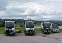 Машины поливомоечные и комбинированные дорожные. Калуга, набережная Яченского водохранилища