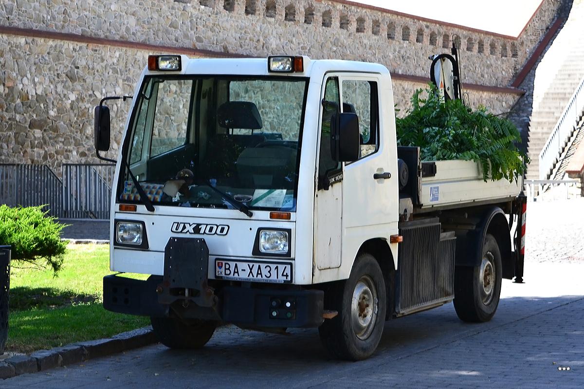 Минигрузовик Unimog UX 100, #BA-XA314. Словакия, Братислава