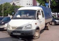 """Бортовой грузовой автомобиль ГАЗ-330232 """"Газель"""" #В 819 РК 47 . Тюмень, улица Орджоникидзе"""