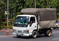 Бортовой грузовик Isuzu ELF #UW 755. Таиланд, Бангкок