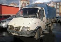 """Бортовой грузовой автомобиль ГАЗ-3302 """"Газель"""" #У 742 МВ 72 . Тюмень, улица Менделеева"""