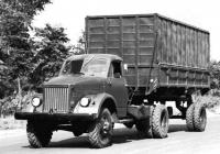 Автомобиль ГАЗ-63Д с самосвальным полуприцепом ГАЗ-707. Место съёмки неизвестно