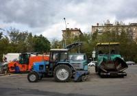 Группа дорожно-ремонтных машин . Москва, улица Павла Корчагина