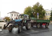 Трактор ЮМЗ-6КЛ с прицепом. г. Самара, ул. Фрунзе