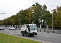 Вакуумная уборочная коммунальная машина Bucher CityCat 2020 (BKM 2020). Москва, Большая Академическая улица