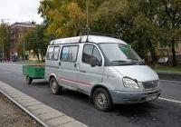 """Микроавтобус ГАЗ-22171 """"Соболь"""" #Е 296 СС 197. Москва, улица Зои и Александра Космодемьянских"""