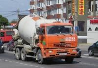 Бетоносмеситель 58149Z на шасси КАМАЗ-6520-3035-А4 #У 522 НА 123. Анапа, Крестьянская улица