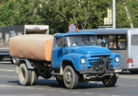 Поливомоечная машина КО-713 на шасси ЗиЛ-130 #K 794 EB 93. Анапа, Крестьянская улица