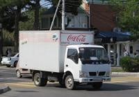 Фургон ЗАМС 283532  на шасси JBC SY1041DA5L #Н 606 РА 123. Анапа, Крымская улица