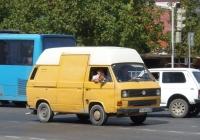 Фургон Volkswagen Trasporter T3  #M 451 PT 23. Анапа, Анапское шоссе