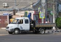 """Бортовой грузовик 3957U5 с КМУ на шасси ГАЗ-33106 """"Валдай"""" #К 495 ОО 123. Анапа, Крымская улица"""