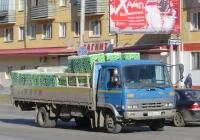 Автомобиль Nissan Diesel Condor #Х 584 ВС 45. Курган, Пролетарская улица