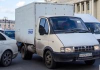 """Фургон на шасси ГАЗ-3302 """"Газель"""" #В 424 ОО 72 . Тюмень, улица Челюскинцев"""