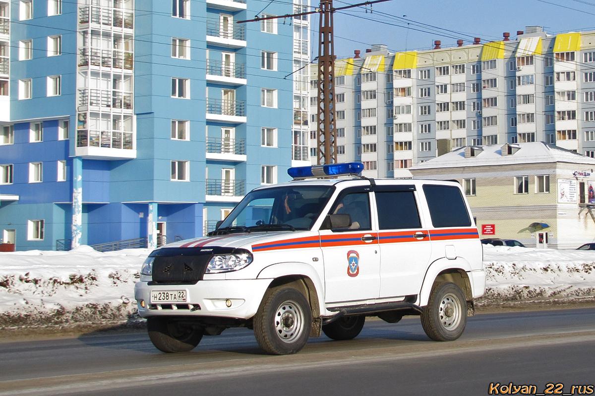Штабной автомобиль подразделения МЧС РФ на базе UAZ Patriot Welcome #Н 238 ТА 22. Алтайский край, Барнаул, Власихинская улица