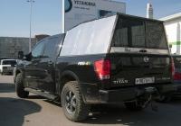 "Пикап Nissan Titan #Р 987 НУ 72 . Тюмень, парковка ТРЦ ""Кристалл"""