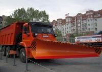 Комбинированная дорожная машина  КО-829С1-02 на шасси КамАЗ-6520 #С 074 СЕ 72 . Тюмень, Севастопольская улица