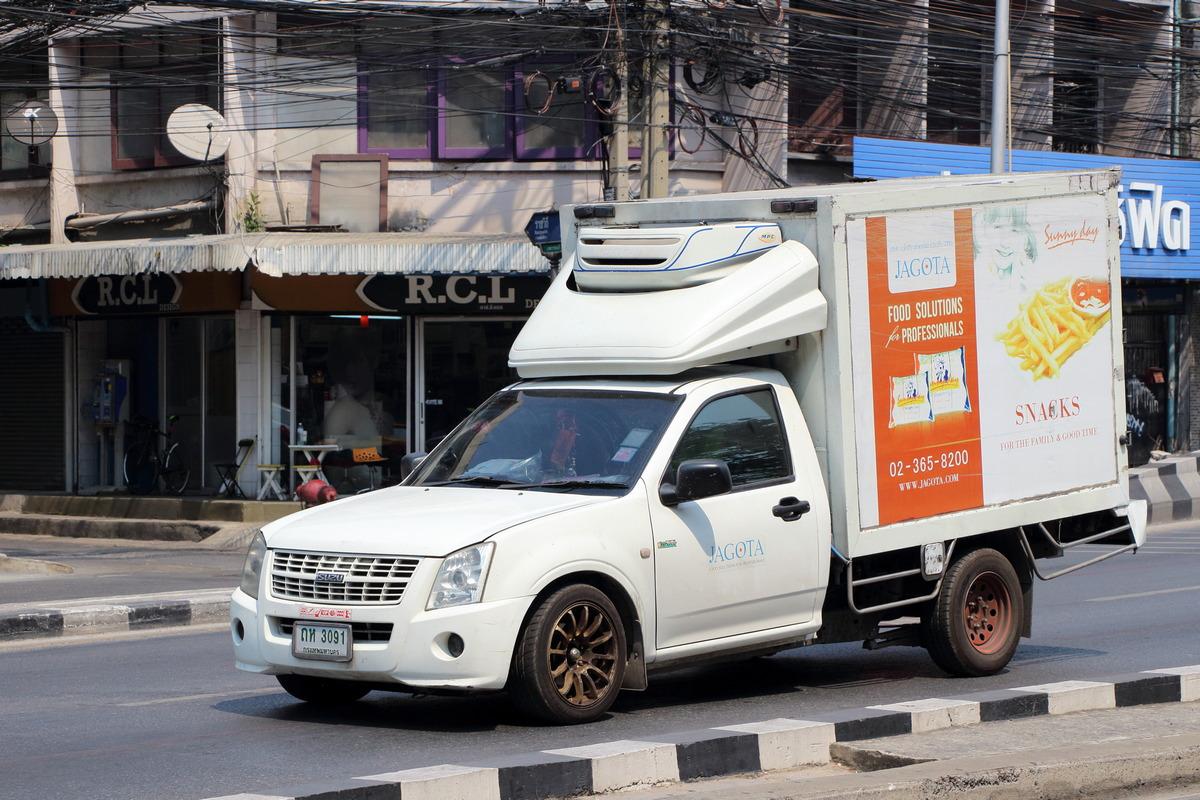 Фургон на шасси Isuzu D-Max. Таиланд, Бангкок