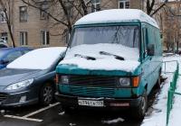 Цельнометаллический фургон Mercedes-Benz 310D #Н 796 ТА 199 . Москва, Большая Башиловская улица